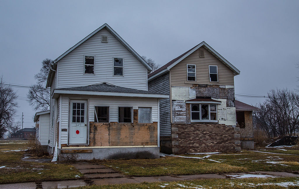 File abandoned adm homes in south clinton iowa for Home builders in iowa