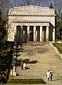 Abe-Lincoln-Birthplace-1.jpg