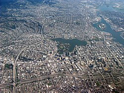 Aerial view of city of Oakland 1.jpg