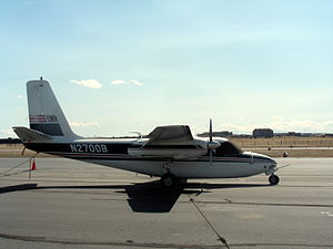 Aero Commander 500 family - Aero Commander 560 at Centennial Airport