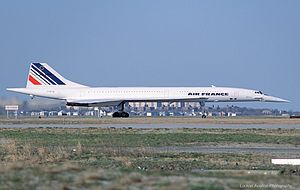 Aerospatiale-British Aircraft Corporation Concorde, Air France JP71122.jpg