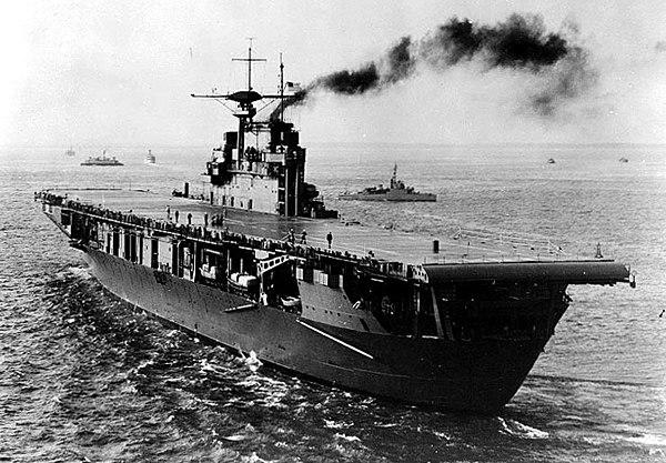 USS Hornet, som Japan hade hoppats kunna sänka, ett av tre hangarfartyg stationerade i Pearl harbor