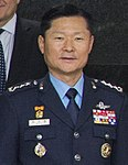 Air Force (ROKAF) Lieutenant General Won In-choul 공군중장 원인철 (UNC-CFC-USFK photo IMG 7352).jpg