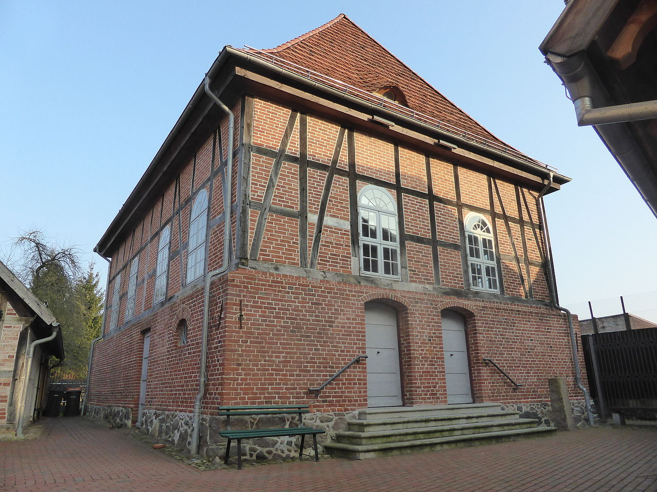 Alte Synagoge Hagenow - Gebetshaus.JPG