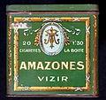 Amazones Vizir cigarettes tin, front.JPG