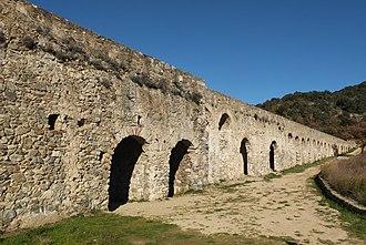 Ansignan - Roman Aqueduct of Ansignan