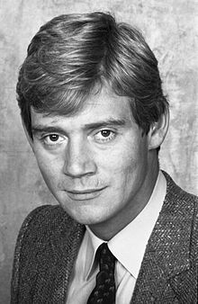 Anthony Andrews 21 Allan Warren.jpg