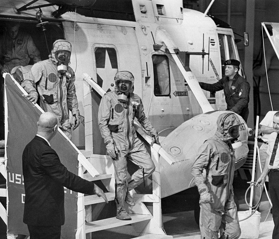 Apollo-11-quarantine-7