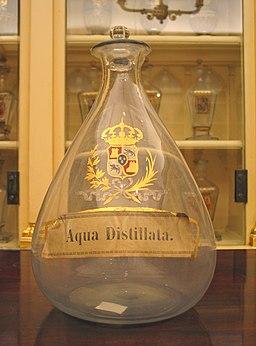 Aqua-distillata