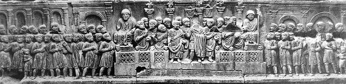 Friz s Konstantinovog slavoluka, 313.-315. g. u Rimu. Primjer kasno-antičke umjetnosti.