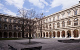 Arkadenhof, University of Vienna - 0185.jpg