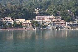Ashrams on the banks of Ganges, Rishikesh.jpg