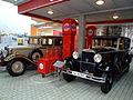 August Horch Museum Zwickau - gravitat-OFF - Horch 479 und Audi typ SS Zwickau 1930.jpg