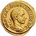 Aureus Volusianus (anverso) .jpg