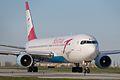 "Austrian Airlines Boeing 767-300 OE-LAT ""Thailand"" (7126518725).jpg"