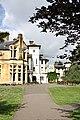 Avenue House - geograph.org.uk - 870438.jpg