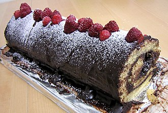 Yule log (cake) - Image: Bûche de Noël facile (2014 12 23)