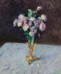 bouquet of roses in a cristal vase