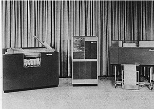 IBM 1401 - IBM 1401 Data Processing System. From the left: 1402 Card Read-Punch, 1401 Processing Unit, 1403 Printer.