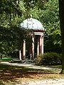 Bad-homburg-kurpark-auguste-viktoria-quelle-002.jpg