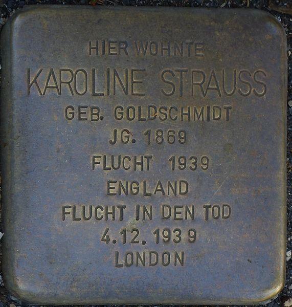 Datei:Bad Soden am Taunus, Neugasse 3, Stolperstein Karoline Strauss.jpg