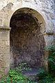 Baden - Burgruine Rauhenstein - Apsis der Kapelle.jpg