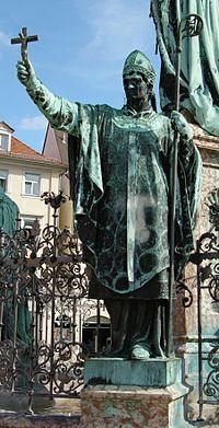 памятник римскому легионеру в бамберге