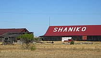 Barn in Shaniko.jpg