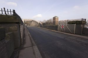 Barton Road Swing Bridge - The road crossing