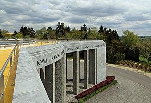 Mémorial du Mardasson à Bastogne (Belgique). (définition réelle 4835×3299)