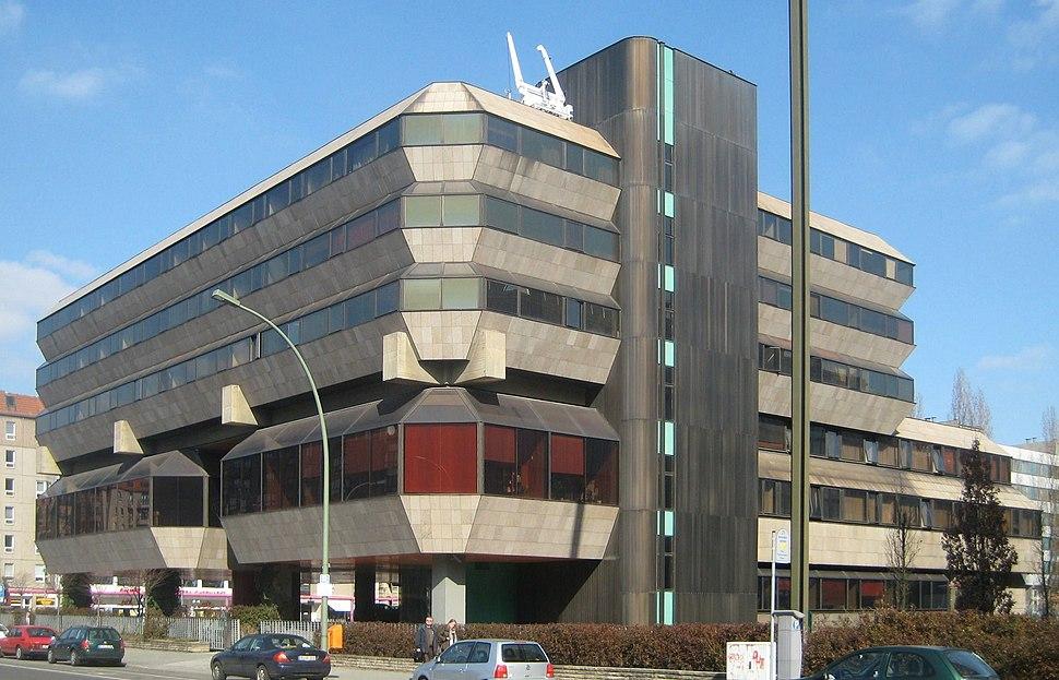 Berlin, Mitte, Wilhelmstrasse, Tschechische Botschaft 01