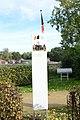 Bezoek mevr. Samash aan geografish middelpunt Vlaanderen 01.jpg