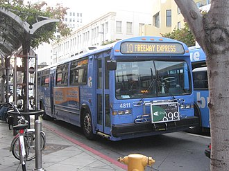 Santa Monica College - Big Blue Bus Line 10 departing Santa Monica