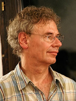 Bill Bruford in Groznjan 2009 1-2.jpg
