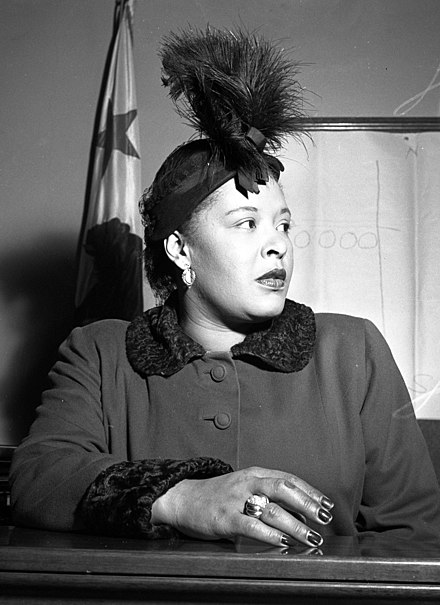 Holiday in court over a contract dispute, late 1949 Billie Holiday LAT.jpg