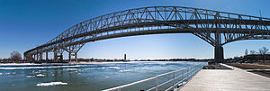 Blue Water Bridge - Image: Blue water bridge