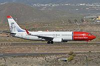 Boeing 737-86N(w) 'EI-FHG' Norwegian (24195017333).jpg