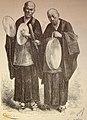 Bonzos japoneses tocando el gong y los platillos (1882).jpg