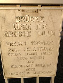 Information about a bridge that crosses the Große Tulln in Langenrohr