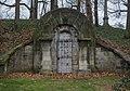 Brainard Mausoleum - Lake View Cemetery - 2014-11-26 (17036331814).jpg