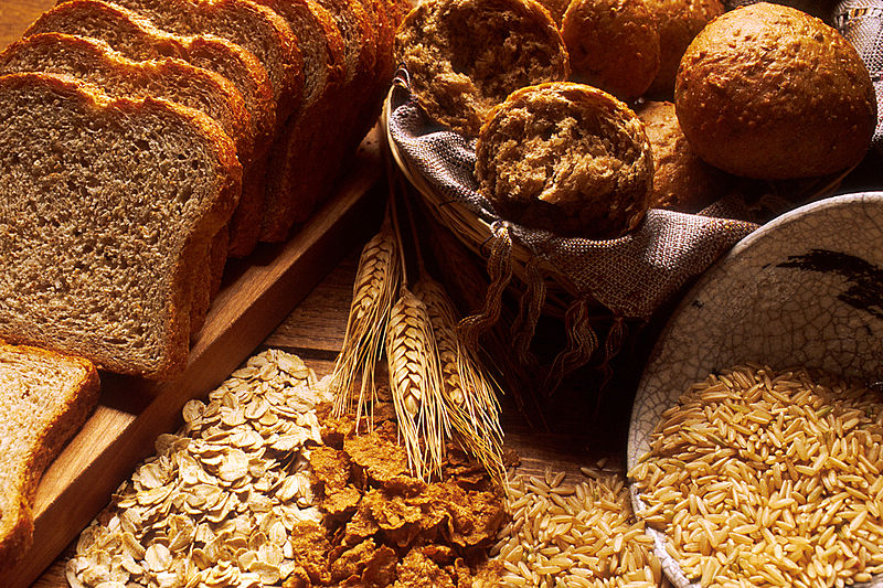 File:Bread and grains.jpg