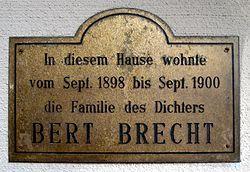 Photo of Eugen Bertold Brecht brass plaque