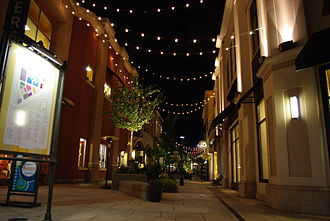 Tualatin, Oregon - Bridgeport Village