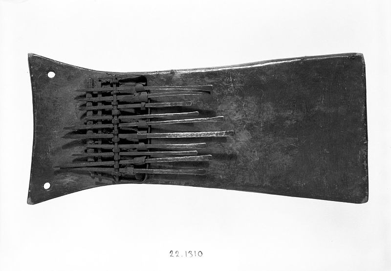 File:Brooklyn Museum 22.1310 Plucked Idiophone Sanza (2).jpg