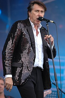 Bryan ferry VieillesCharrues2007.JPG