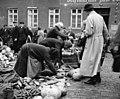 Bundesarchiv B 145 Bild-P017297, Tilsit, Auf dem Markt.jpg