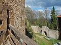 Burg Hohenrechberg, Der Rechberg besteht aus zwei ungleichen Bergkuppen, dem 643 Meter hohem Schlossberg mit der Burgruine Rechberg, und dem 707 Meter hohem Kirchberg, dem Hohenrechberg mit seinem Heiligturm, der Wallfah - panoramio (2).jpg