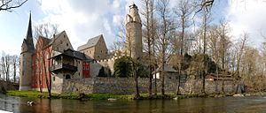 Zwickauer Mulde - Stein Castle on the rocky river bank near Hartenstein