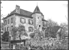 CH-NB - Agiez, Maison, vue partielle - Collection Max van Berchem - EAD-9397.tif