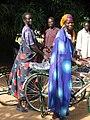 COSV - Sud Sudan 2004 - Sanità biciclette donne.jpg